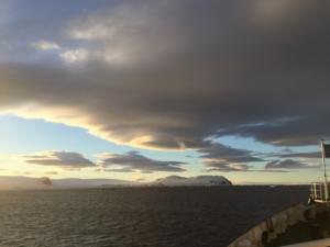 Antarctica-cloud-ship